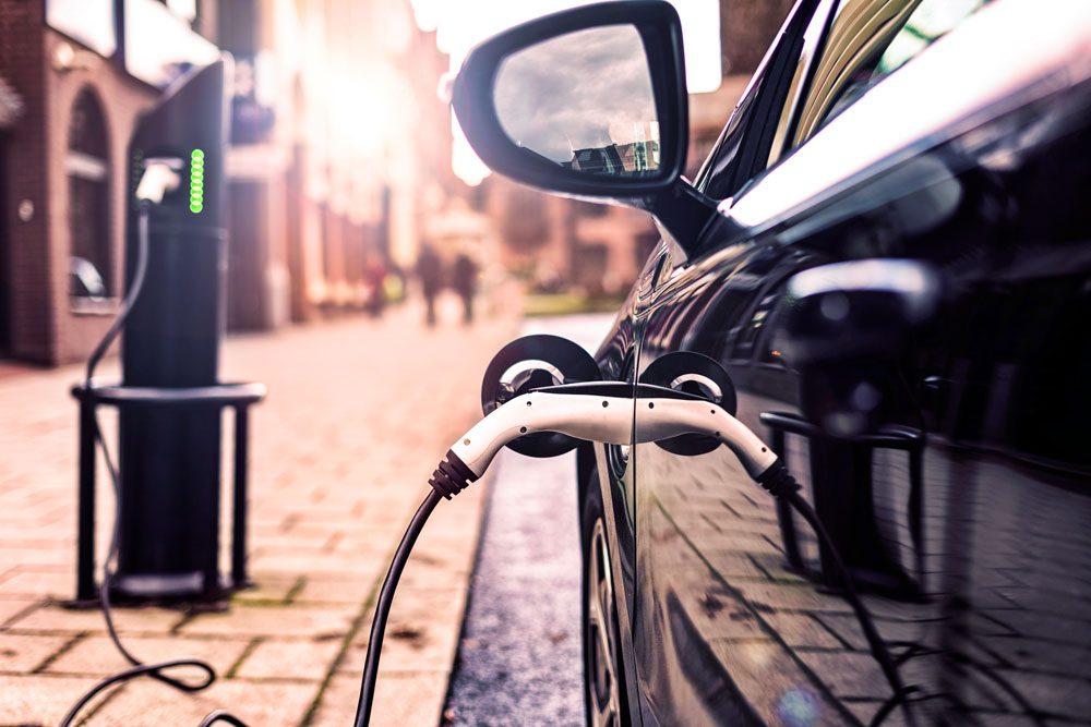 Steuervergünstigungen für Elektro-Dienstwagen in AT